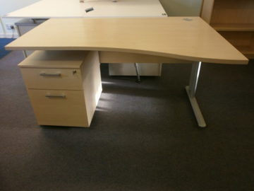 Picture of WD 6 – 1400mm Right Hand Wave Desk