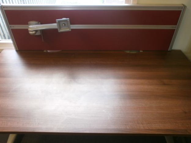 Picture of DMS 2 – 1400mm Desk Top Screen