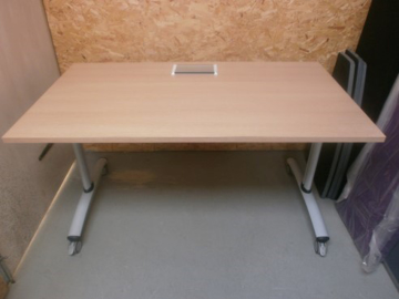 Picture of MT 5 – Flip Top Table