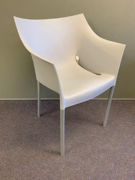 Picture of MC 9 – KARTELL Dr.NO CHAIR