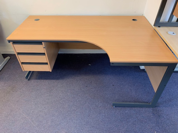 Picture of CD 4 – 1780mm Right Hand Corner Desk