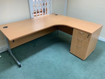 Picture of CD 5 – 1800mm Right Hand Corner Desk And Pedestal