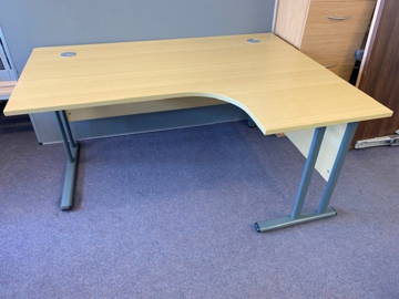 Picture of CD 4 – 1600mm Right Hand Corner Desk