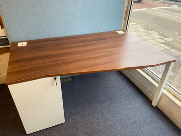 Picture of WD 4 - Right Hand Desk And Pedestal