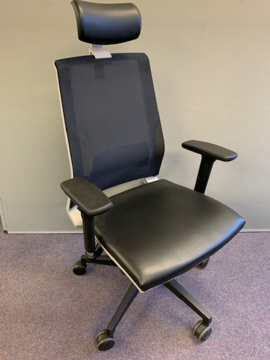Picture of OC 11 – Rome Operators Chair