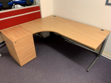 Picture of CD 6 – 1600mm Left Hand Corner Desk