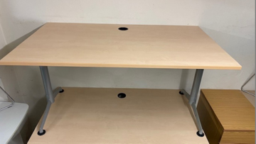 Picture of SD 8 - 1400mm Straight Desk