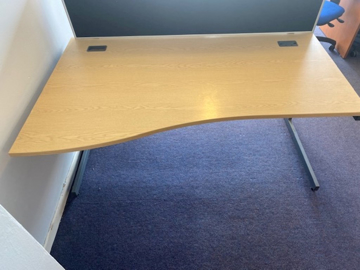 Picture of WD 7 - 1600mm Left Hand Wave Desk