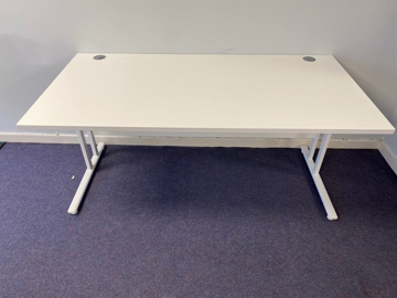 Picture of SD 1 - 1600mm Straight Desk
