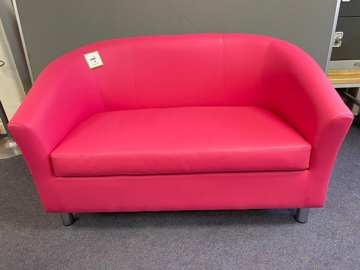 Picture of RS 6 – Reception Tub Sofa
