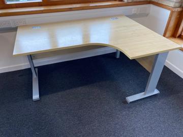 Picture of CD 2 – Right Hand Corner Desk