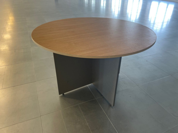 Picture of MT 10 - Meeting Table