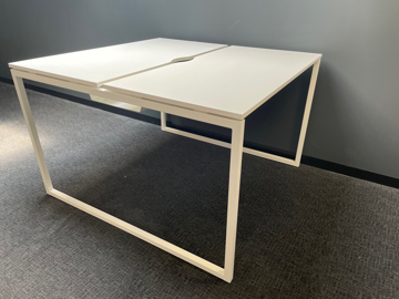 Picture of SD 21 – 1600 x 1640mm Bench Desk