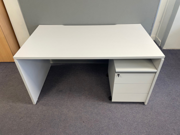 Picture of SD 10 - 1600mm Straight Desk And Pedestal Package