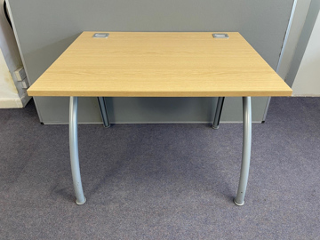 Picture of SD 21 - 1200mm Straight Desk